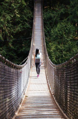 femme pont nature